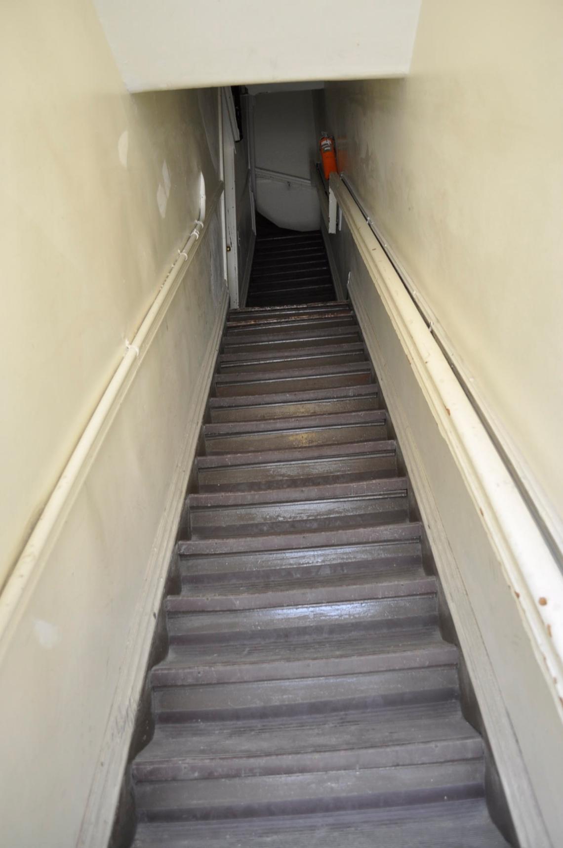 1026stair.JPG