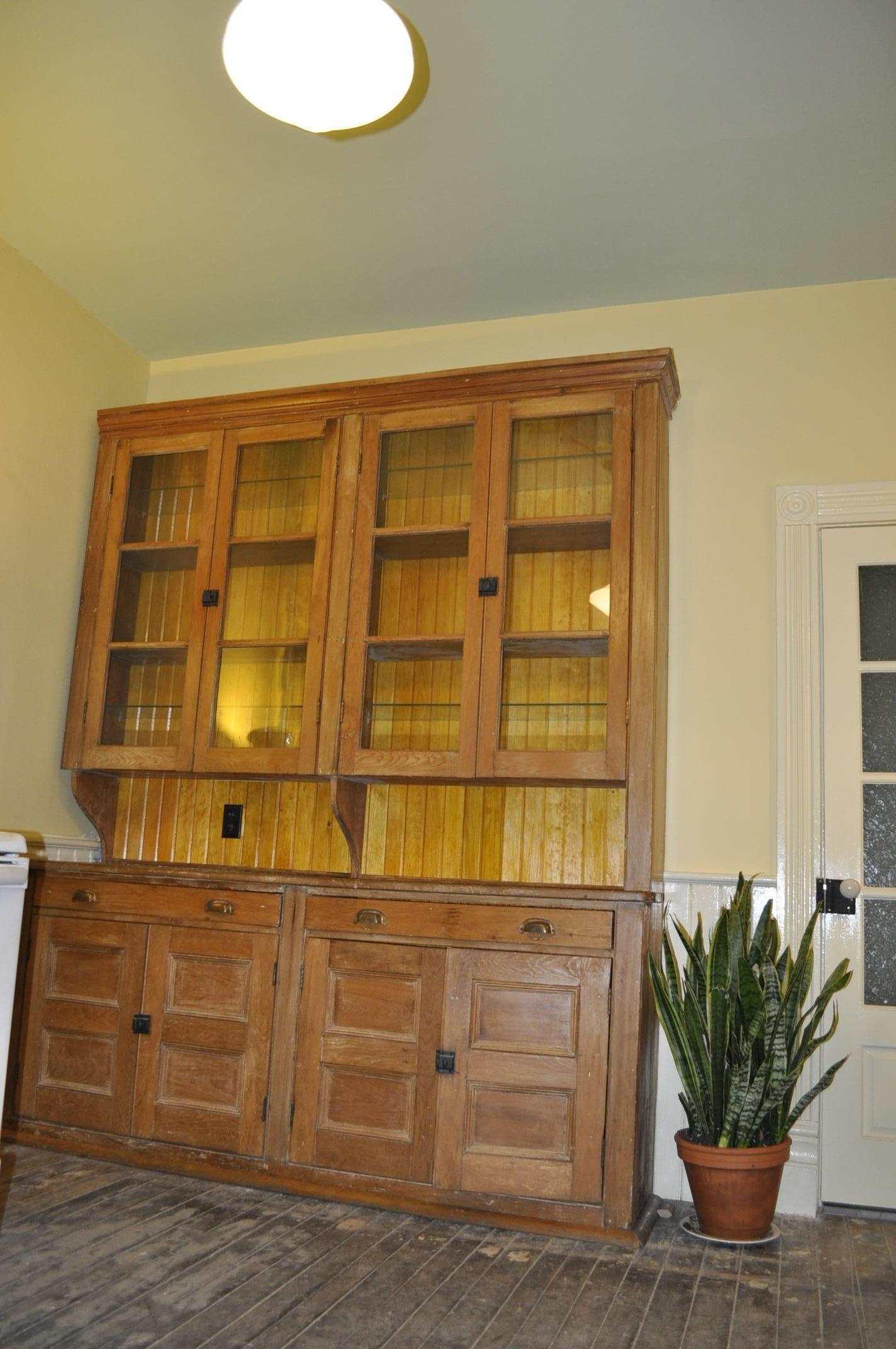 cabinetinstal.jpg