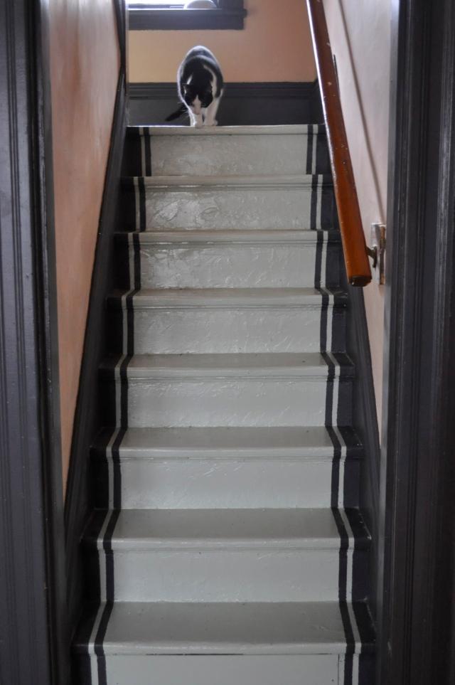 stairpaintklaus.JPG